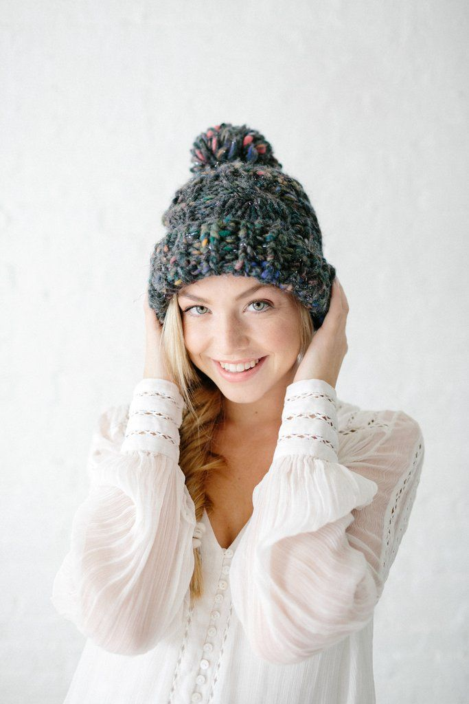 Snow Bunny Cable Hat Pattern | Gorros