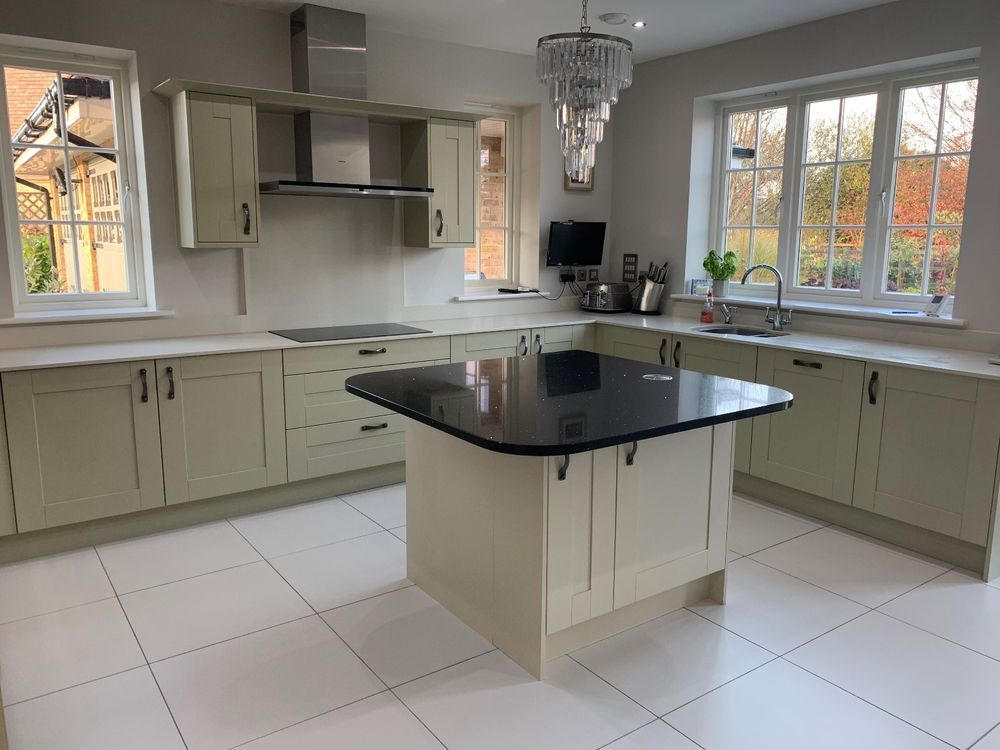 Best Painted Shaker Kitchen Doors Handles Plinths Coving And 400 x 300