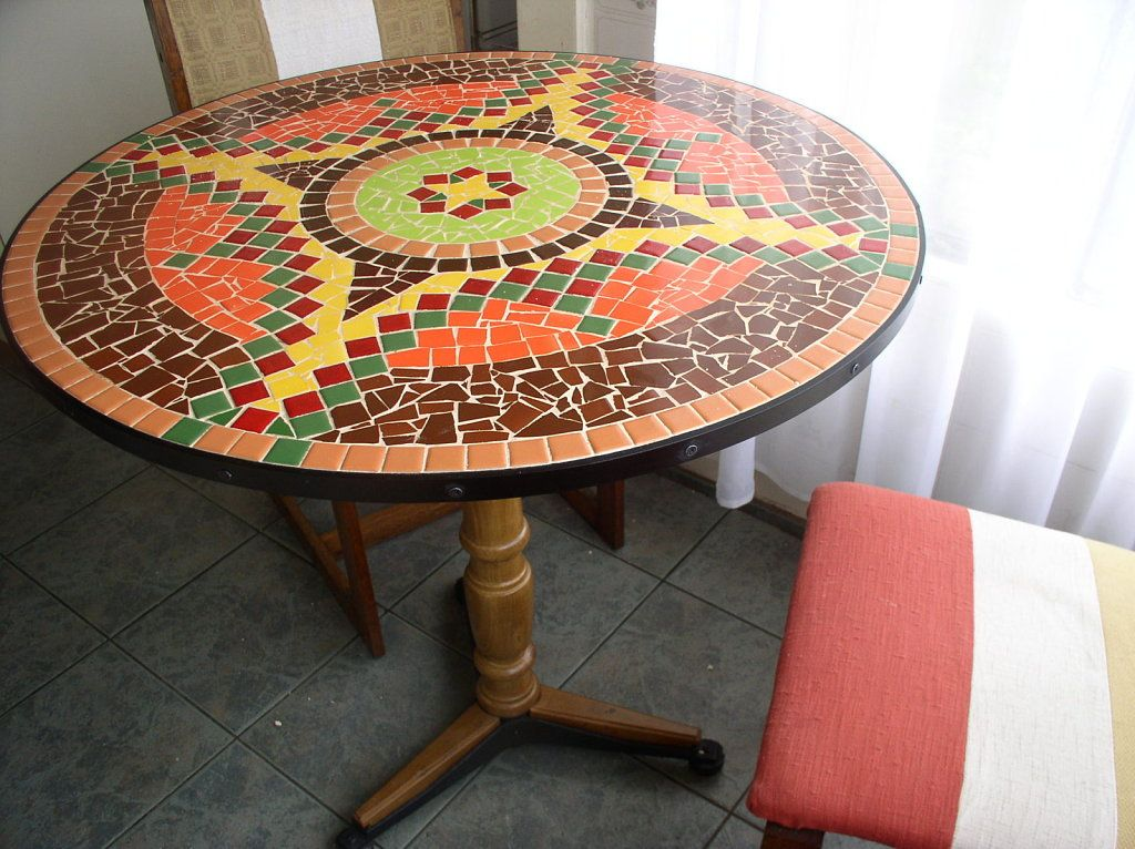 Dise os de mesa en mosaicos buscar con google mosaicos for Disenos para mosaicos