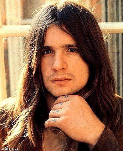 ozzy osbourne wow he was actually attractive at one point pretty or attractive humans. Black Bedroom Furniture Sets. Home Design Ideas