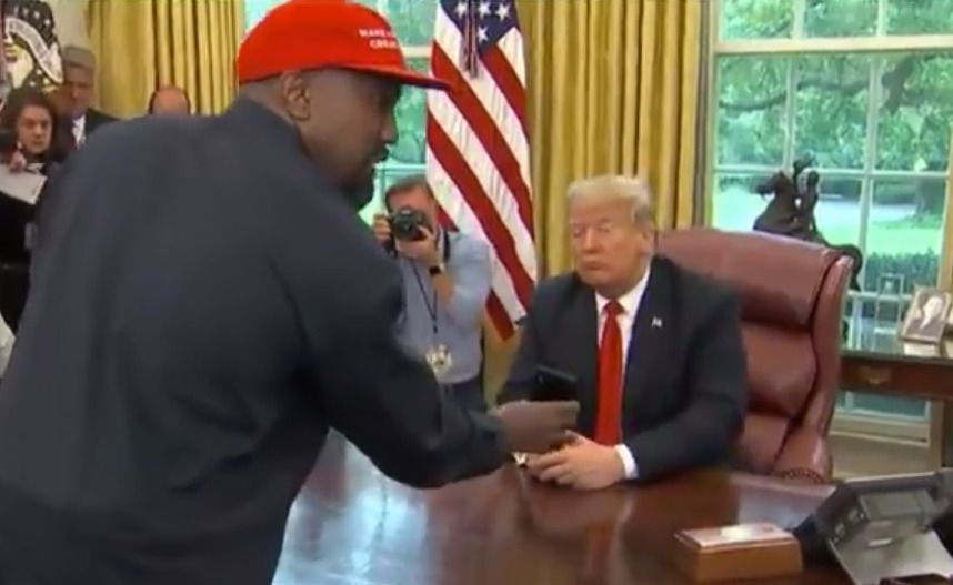 Kanye West Pitches Apple Designed Air Force One Iplane Replacement In Oval Office Air Force Ones Apple Design Kanye West