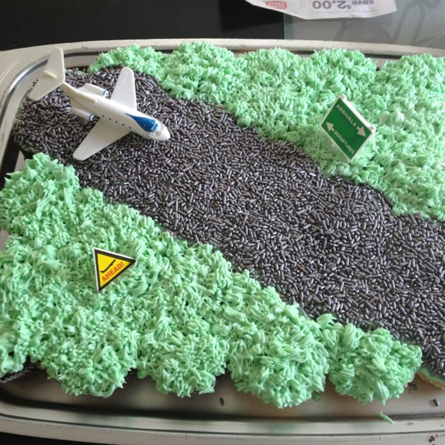 Airplane birthday party Runway cake Yummy Pinterest Airplanes
