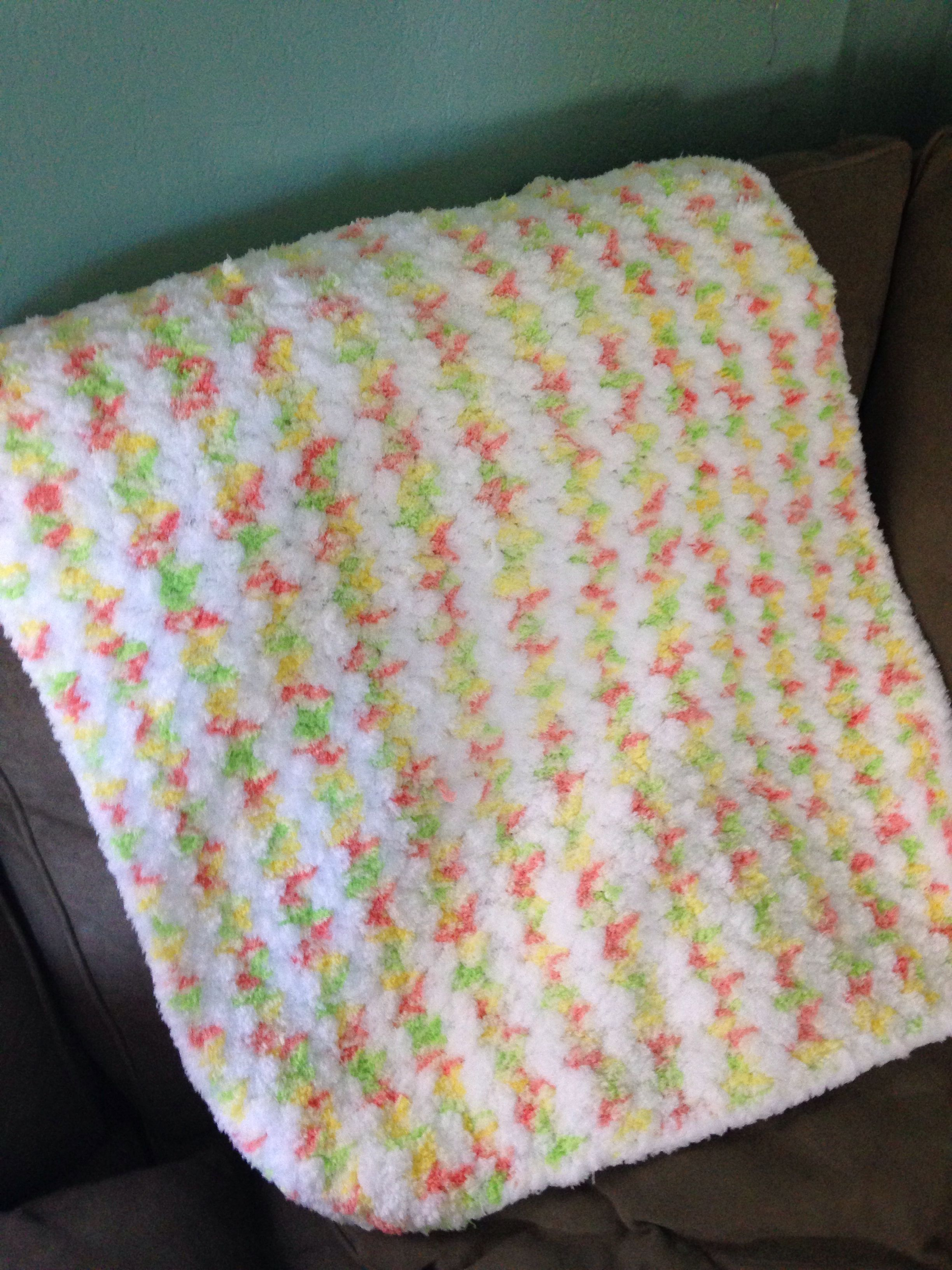 Pipsqueak baby yarn Simple pattern baby blanket | Finished projects ...