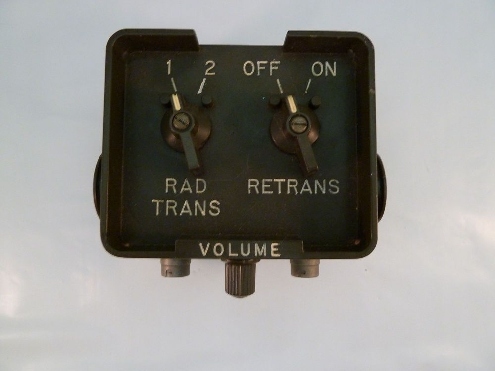 Vintage Military Radio Control Set C2299 VRC 1970s Relay