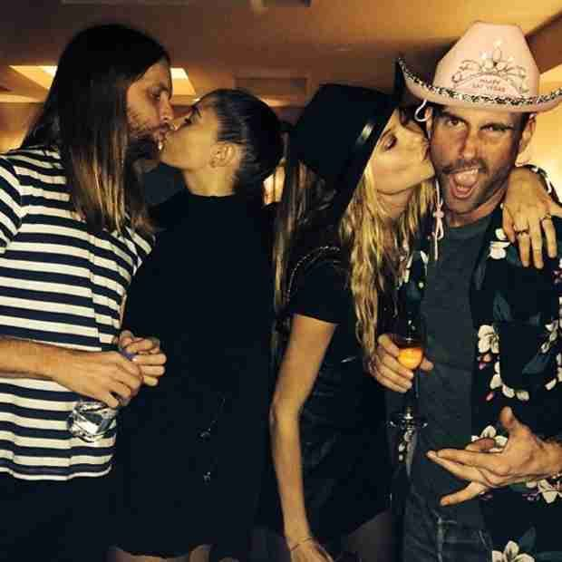 Adam Levine And Behati Prinsloo Kiss On New Year S Eve Pink