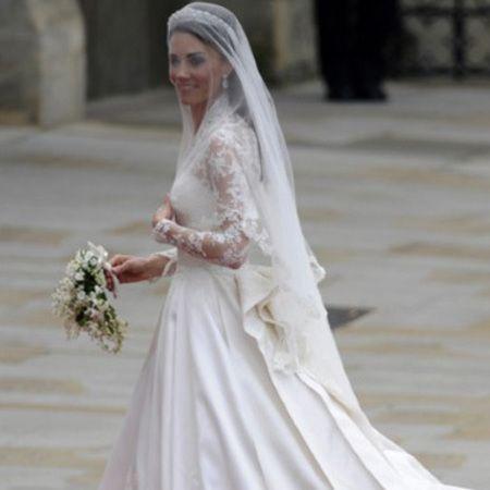 10 Best Celebrity Wedding Dresses Ever Kate Middleton In Alexander McQueen Handbag