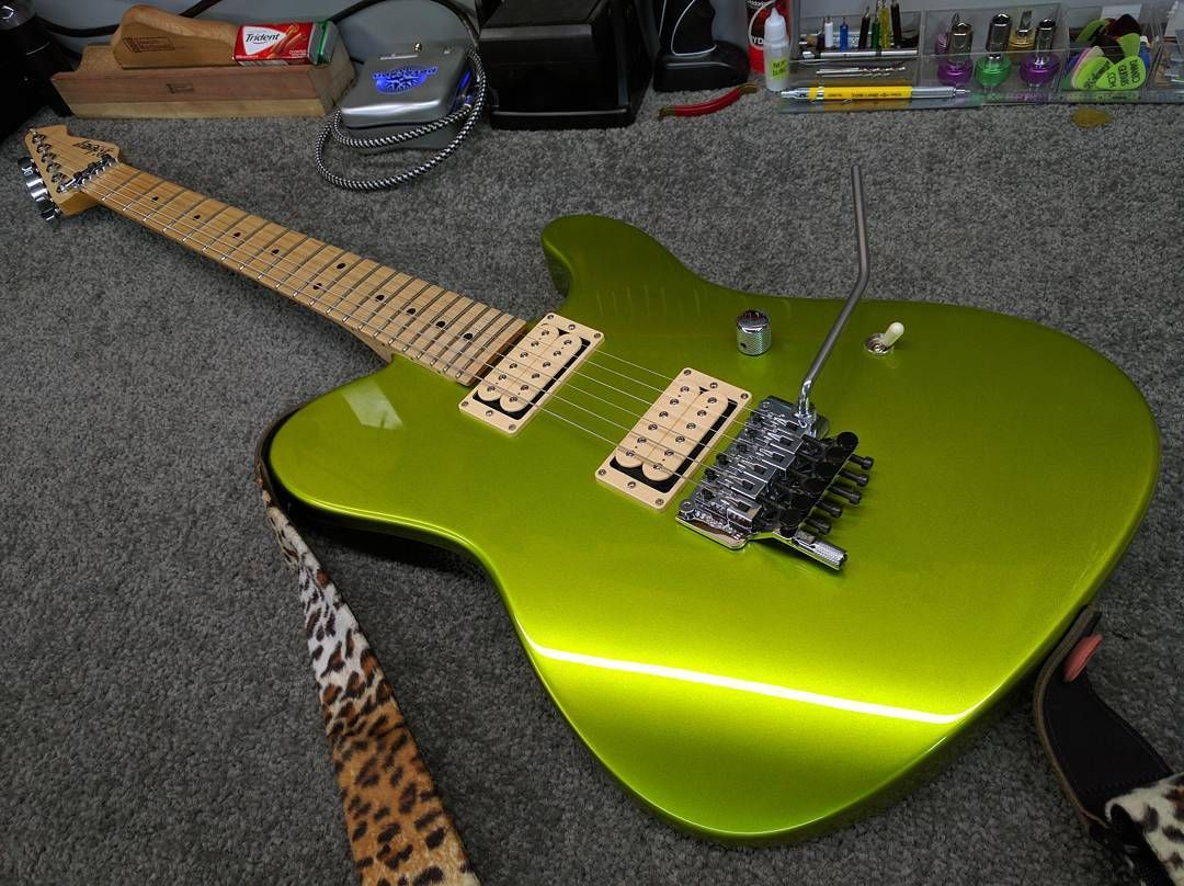 Gave my old friend a new look and a new voice with some double cream DiMarzio's…