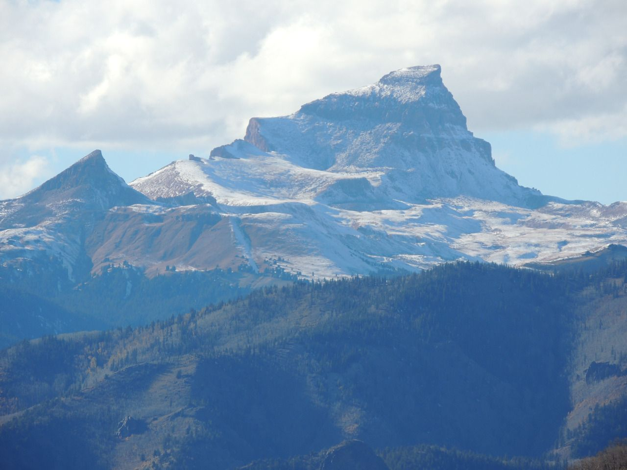 Your Next Destination: Uncompahgre Peak, Colorado, after first snow [OC]...