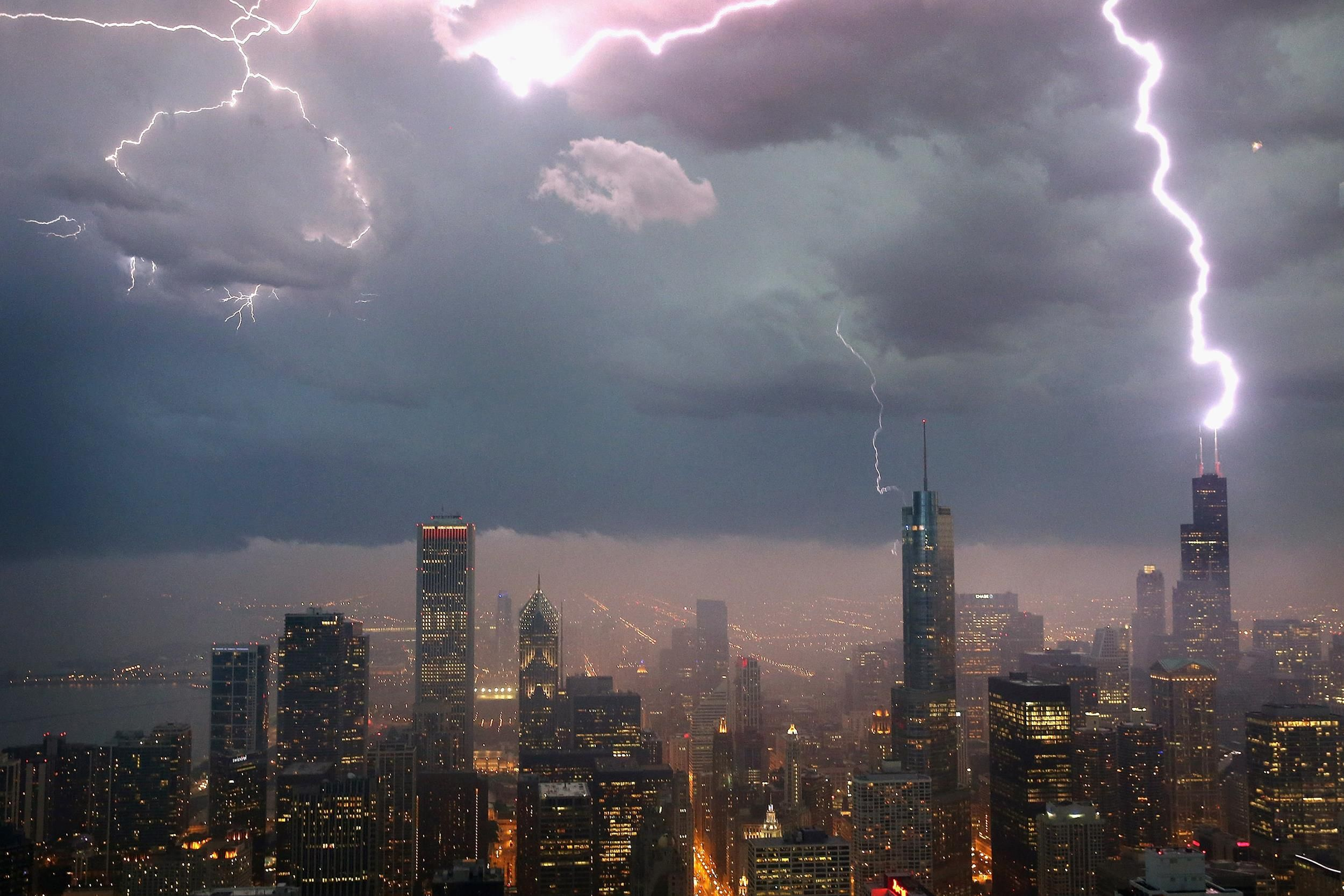 Debunked 5 Lightning Myths That Could Kill You Tips
