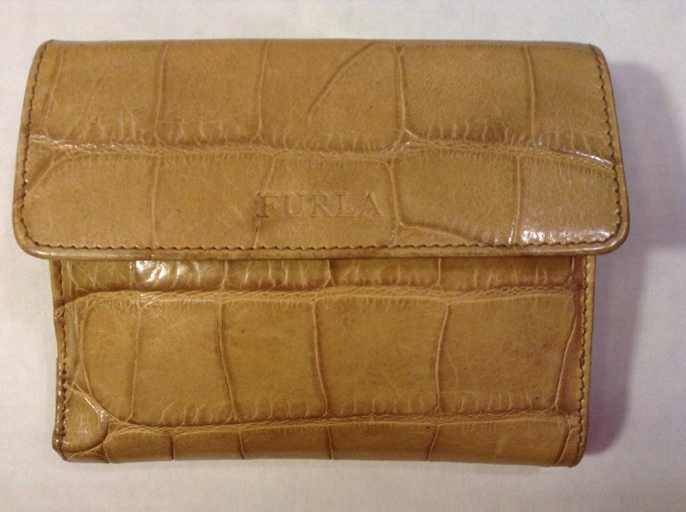 Euc Authentic Furla Yellow Croc Embossed Leather Women S Wallet Wallets For Women Leather Women Embossed Leather
