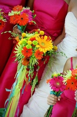 Bouquet streamers with daisies