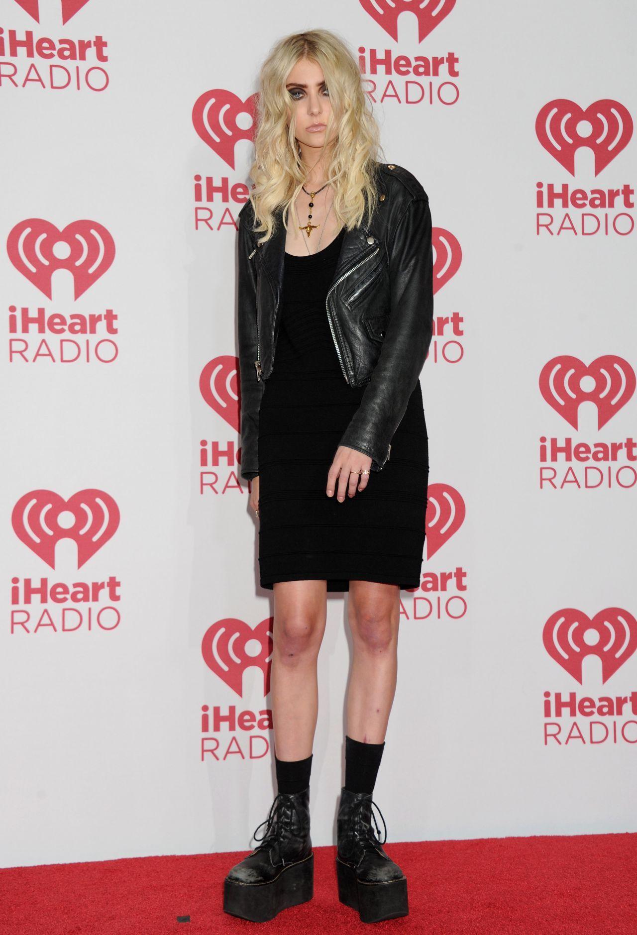 iheart radio awards 2015 fashion | Taylor Momsen – 2014 iHeartRadio Music Festival in Las Vegas