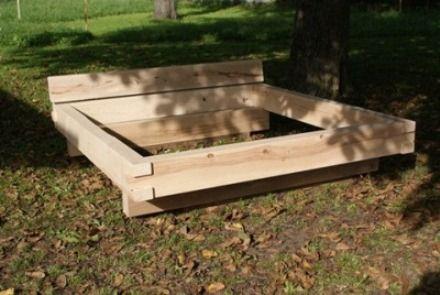 bett aus kantholz kantholz deko pinterest bett bett bauen und schlafzimmer. Black Bedroom Furniture Sets. Home Design Ideas