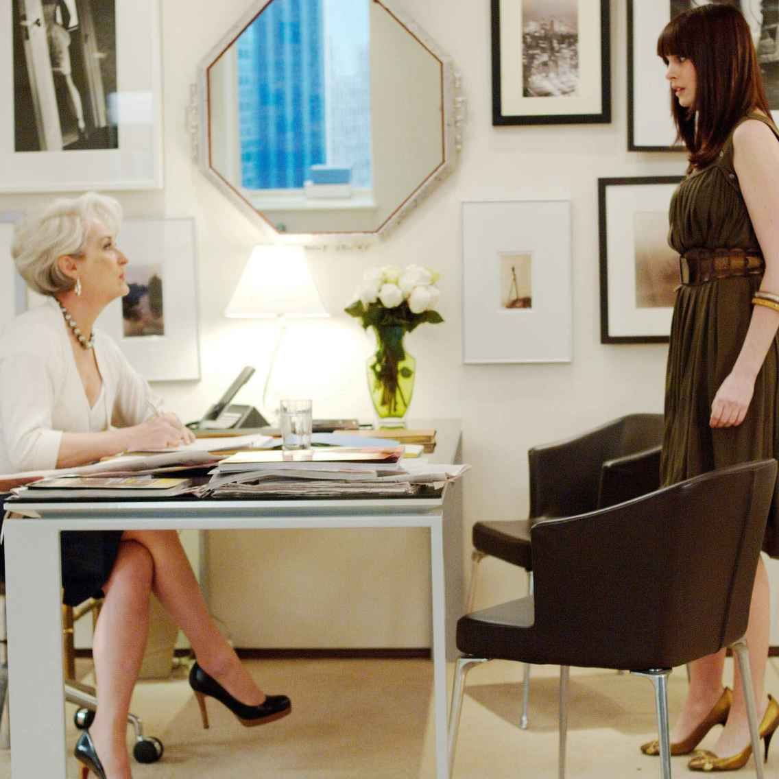 How Much Fashion Jobs Really Pay: 2014 Edition. Welcome to our annual salary survey! Here, you'll find the average salaries for more than 40 fashion-industry jobs, based on answers from over 5,000 'Fashionista' readers.
