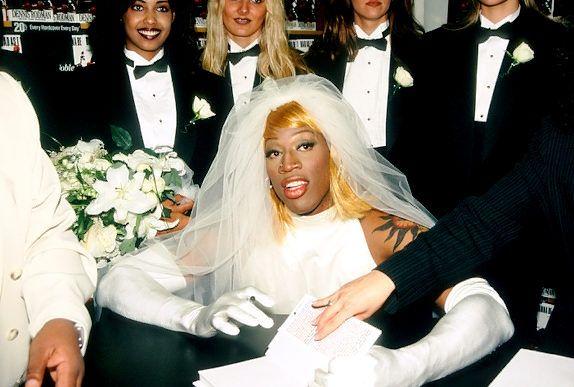 Dennis Rodman Wedding Dress How Soon We Forget In His