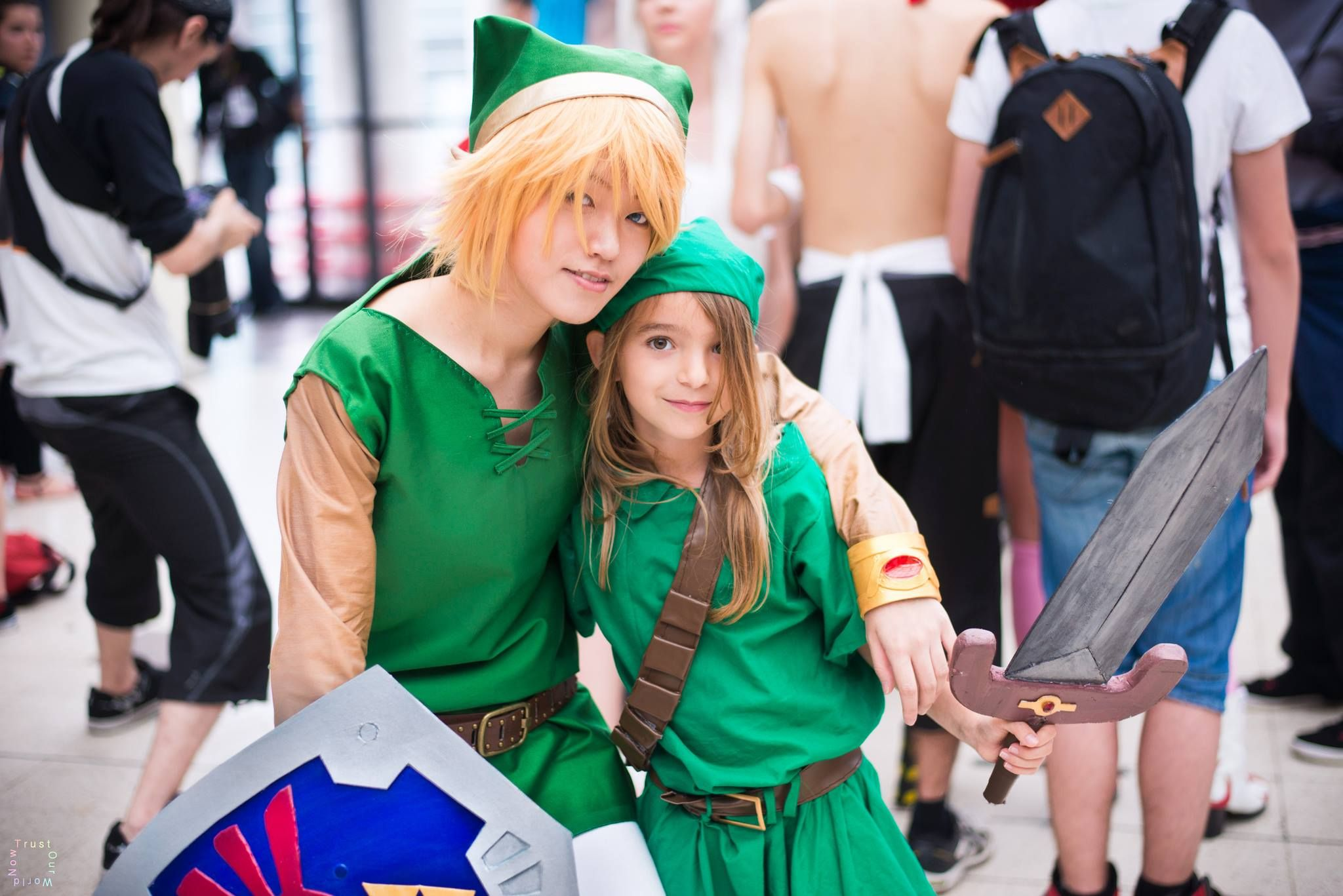 Young Links cosplays in Paris Japan Expo 2014 by TOWN