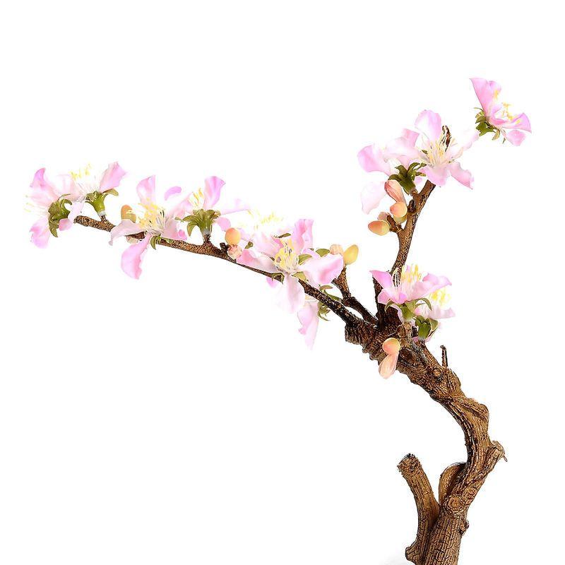 Dieser Kirschblütenzweig sieht auch ohne Wasser noch nach Monaten aus wie frisch gepflückt.