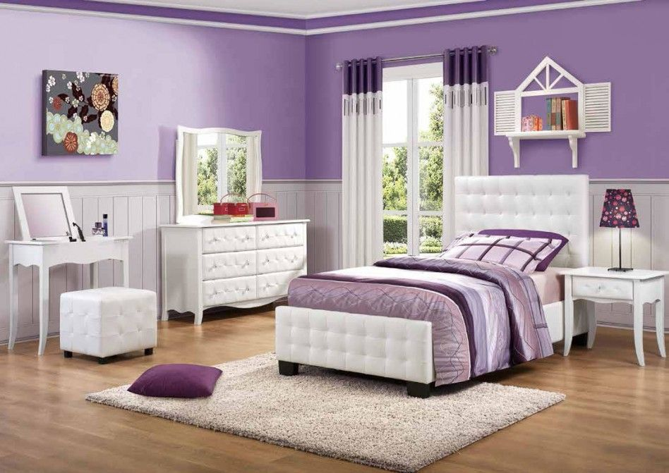 purple bedroom--I want the colors in a nursery one day ...