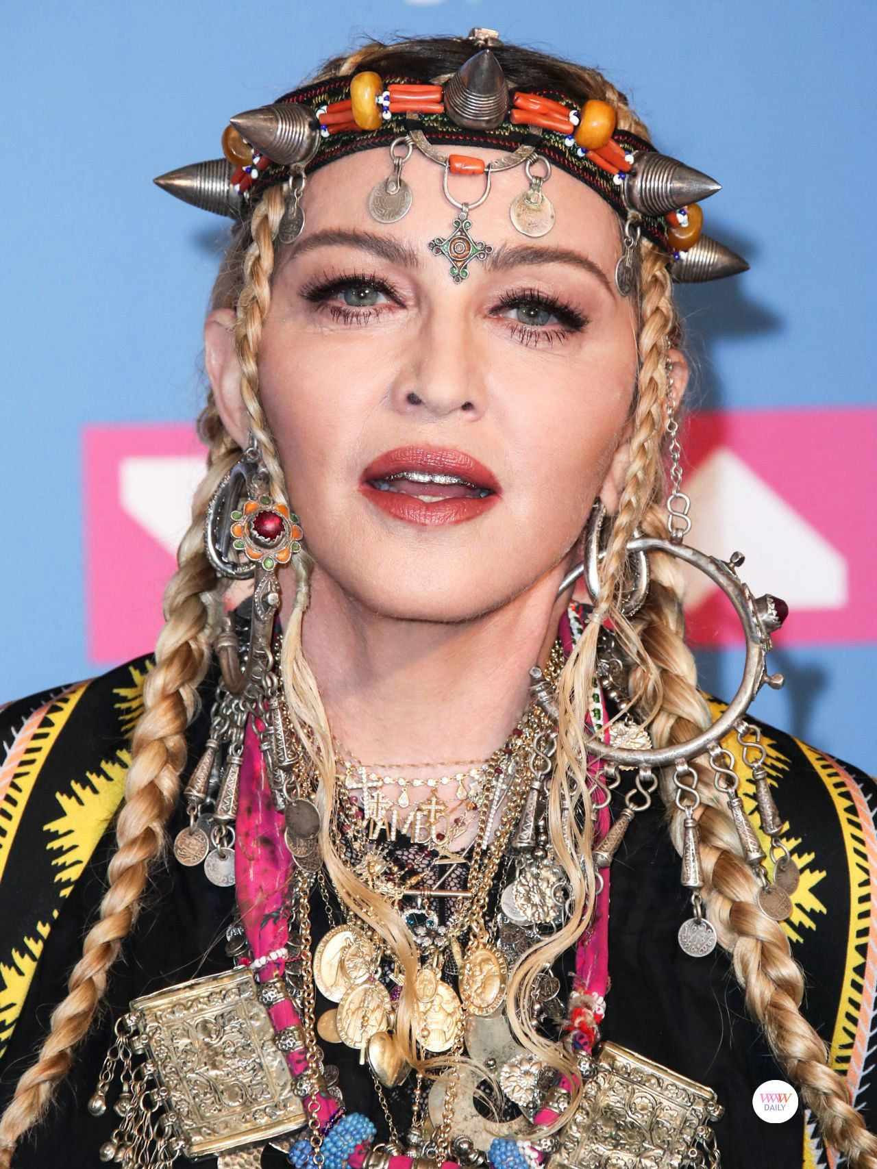 Best Of Best Jewelry At The 2018 Mtv Vmas Part Two Who Wore What Jewels Madonna Mtv Videos Video Music Awards
