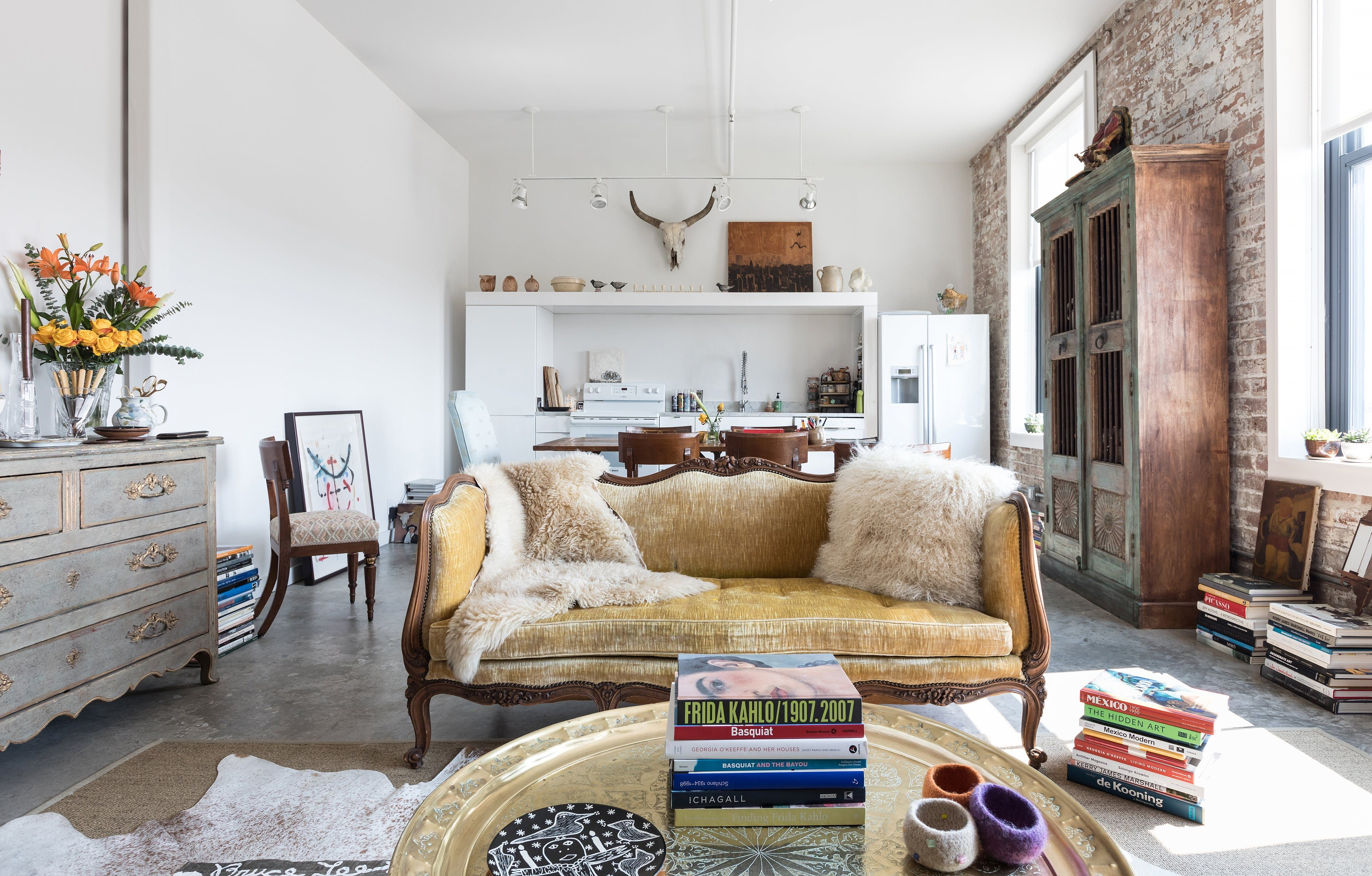 An Urban Bohemian New Orleans Loft Is Bursting With Books And