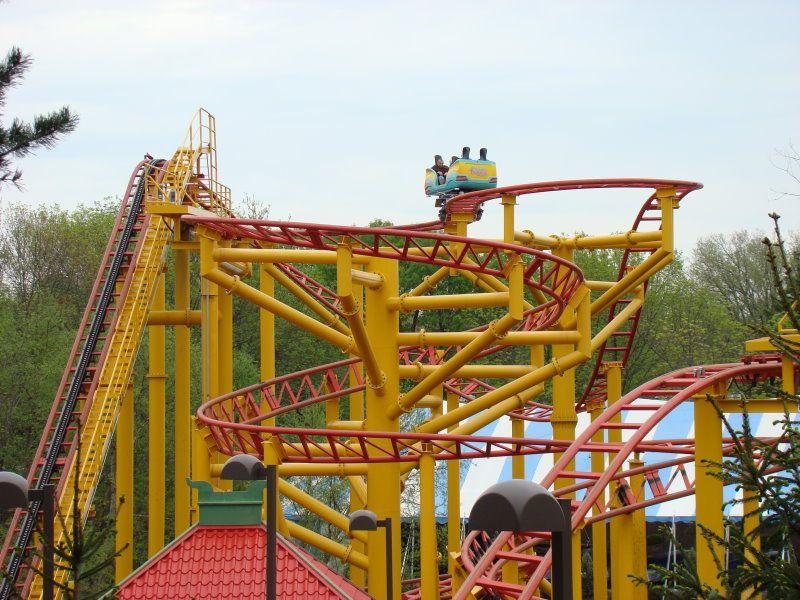 Spinning Dragons Worlds Of Fun Kansas City Missouri Usa Worlds Of Fun Amusement Park Rides Roller Coaster