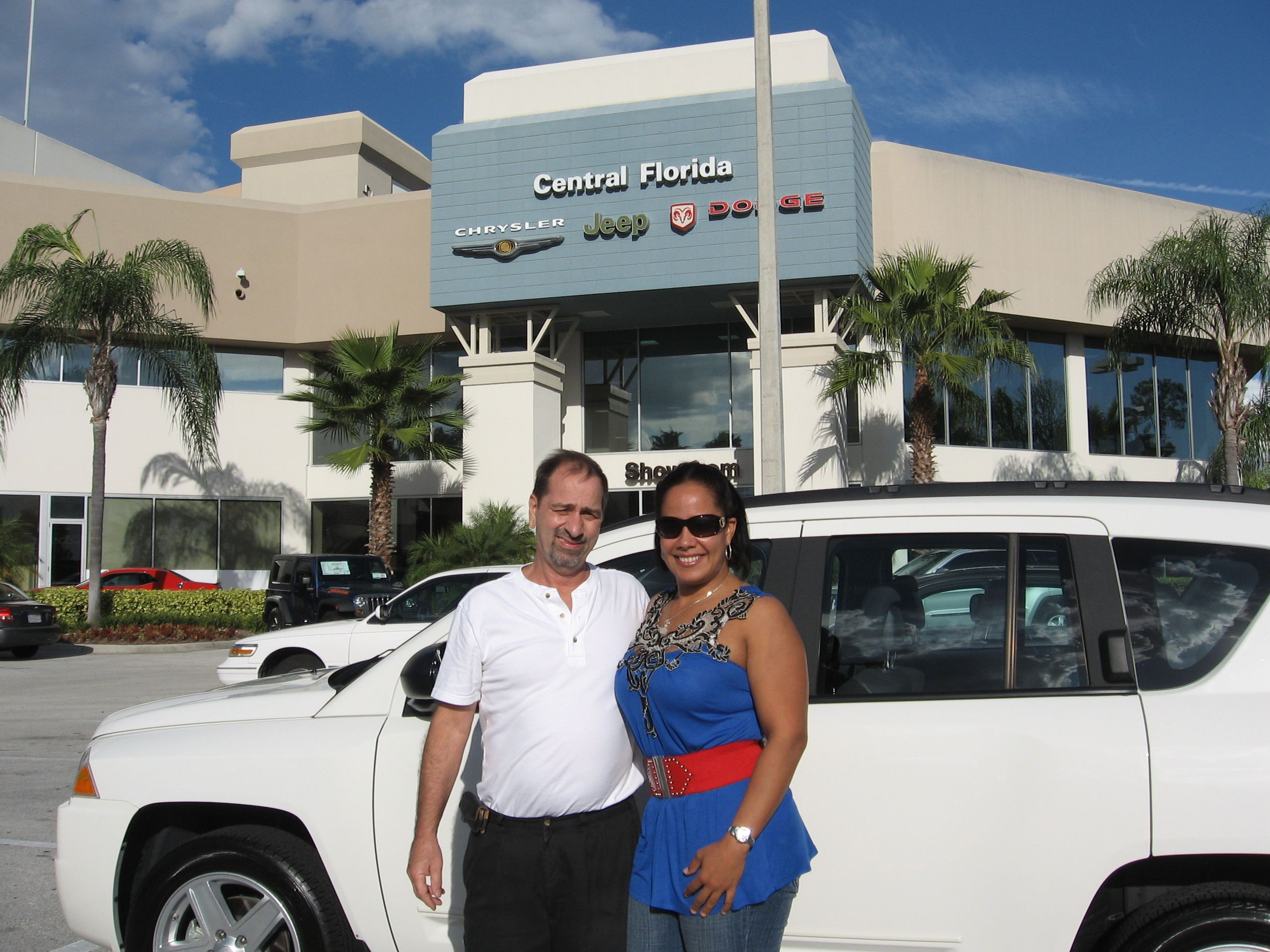 Salvatore His Wife And Their Pre Owned Jeep Compass Jeep Car