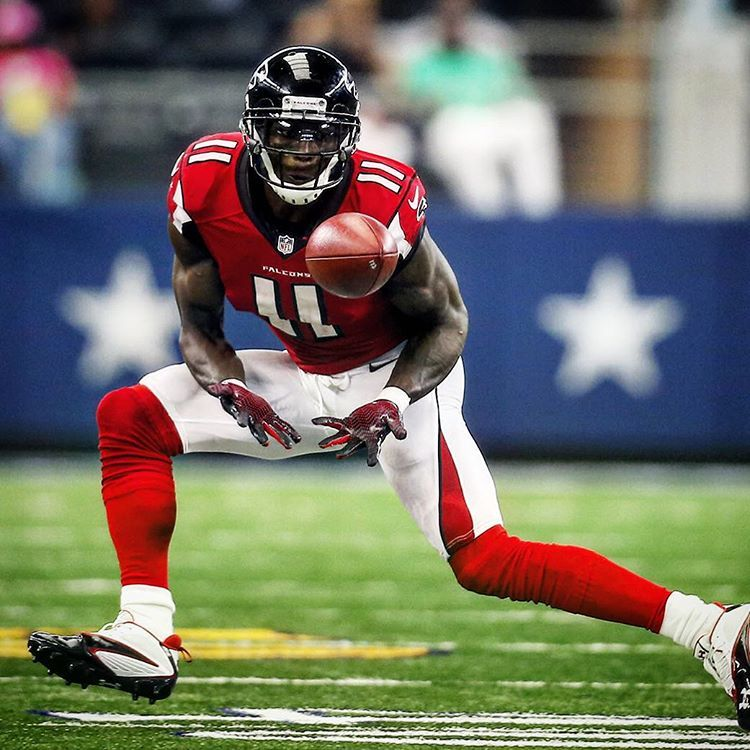 Atlanta Falcons On Instagram Your Nfc Offensive Player Of The Month Juliojones 11 Riseup F Atlanta Falcons Football Atlanta Falcons Baby Falcons Football