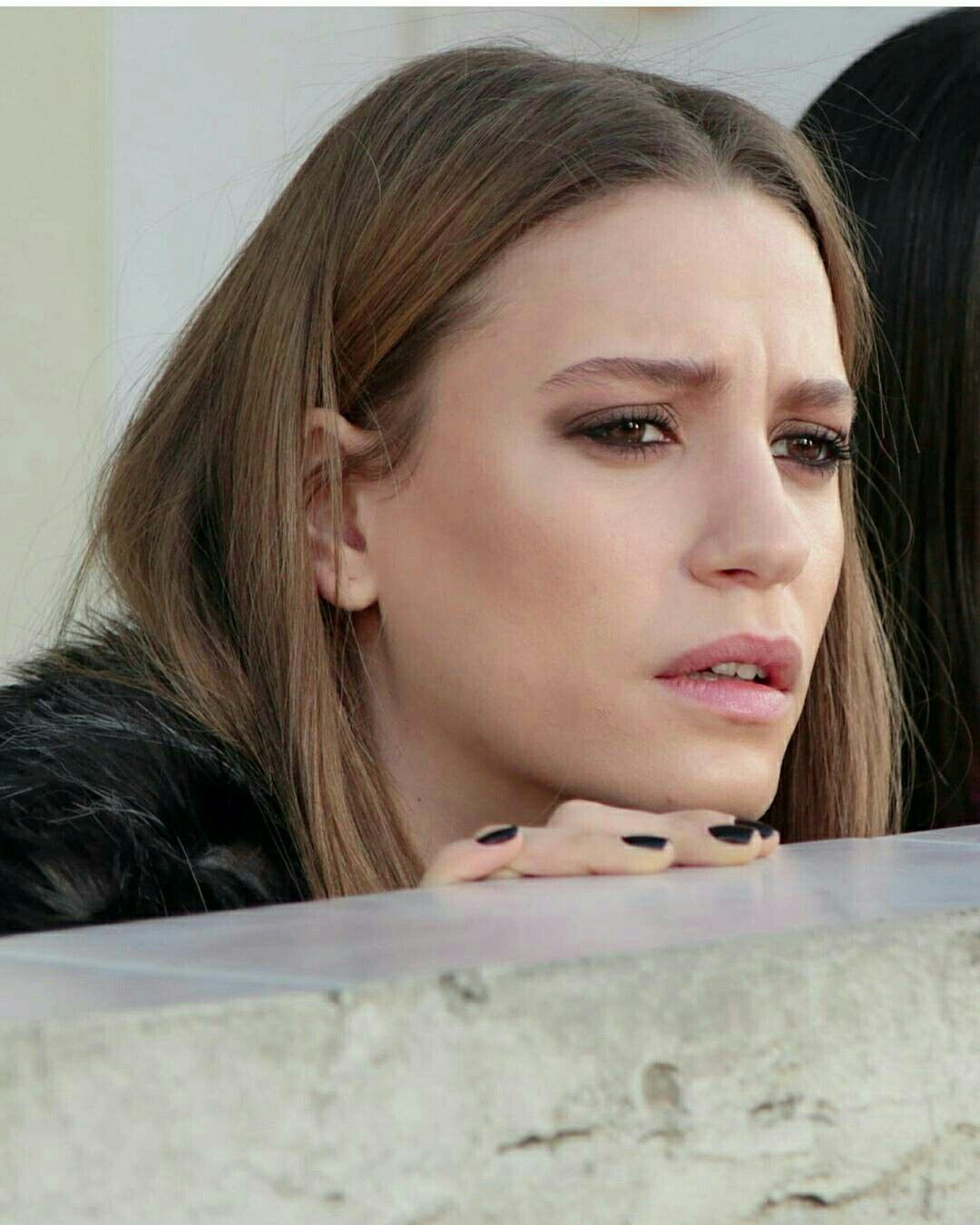 Serenay Sarikaya As Mira On Medcezir Serenaysarikaya Sac Ve