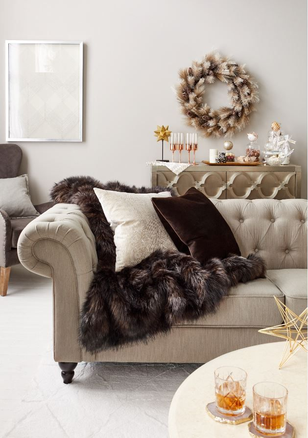 Decorating for the Holidays: Pick Your Style | Velvet pillows ...