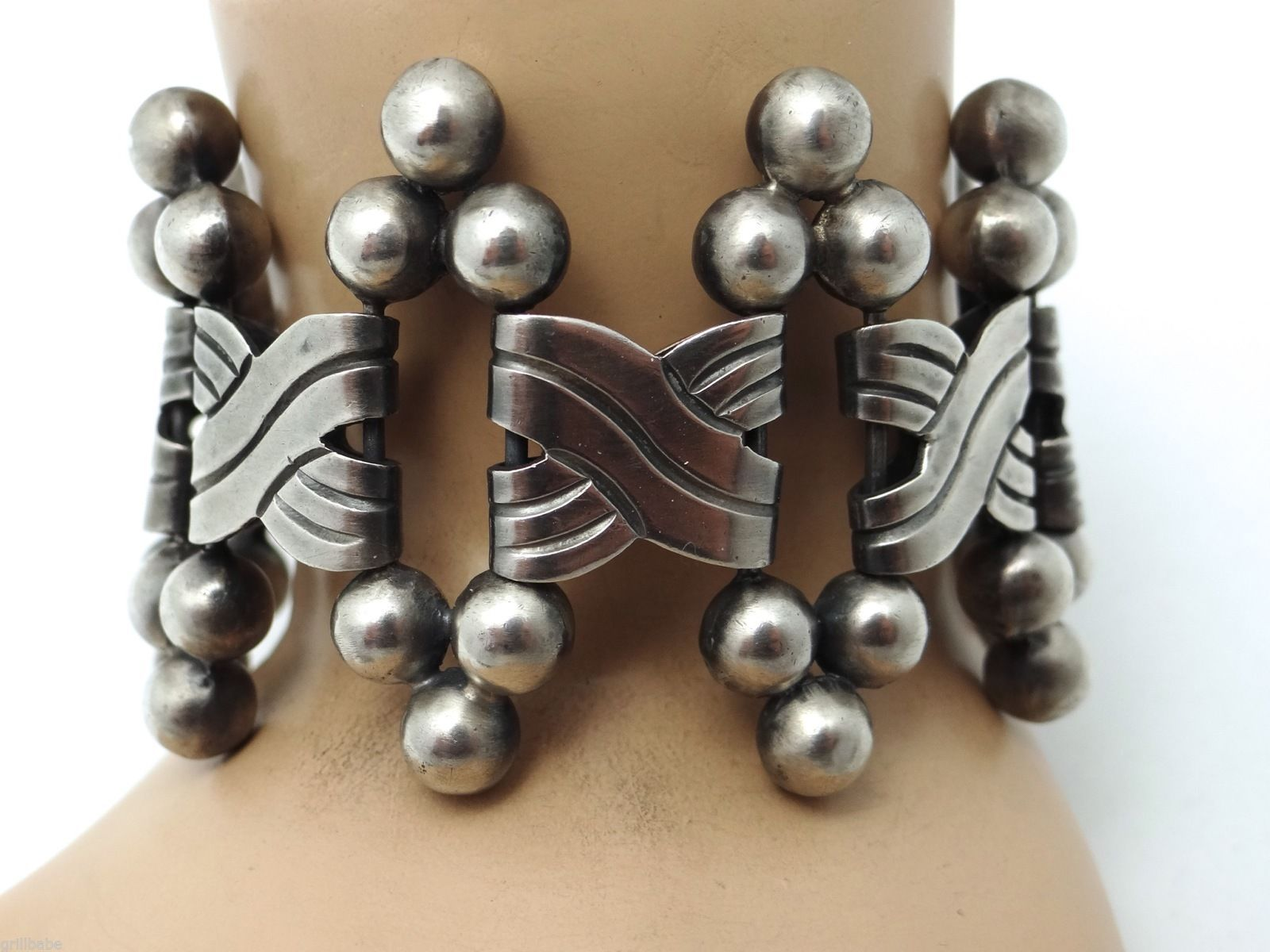 "Vintage 1940's Six Spheres 980 Silver Mexican Bracelet 1 3 4"" Wide 