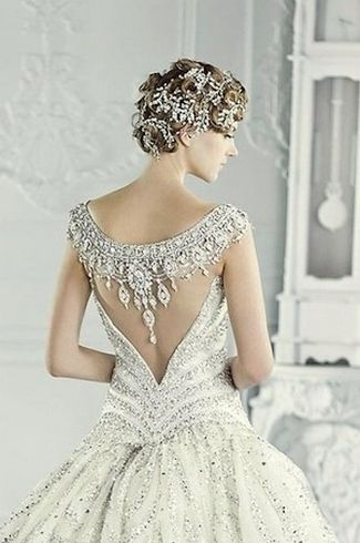 21 Portrait And Illusion Back Wedding Dresses