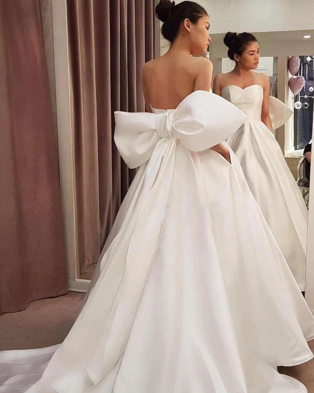 Simple Ball Gown Wedding Dresses With Back Big Bow Robe Mariee Big Wedding Dresses Bow Wedding Dress Wedding Dresses [ 1250 x 1000 Pixel ]