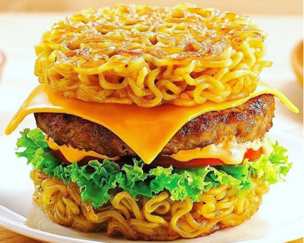 Veggie Burger Recipe Punhabi Style Noodles Aloo Tikki Vegetable Burgers Video Tastyfix Vegetable Burger Indian Food Recipes Vegetarian Veggie Burgers Recipe