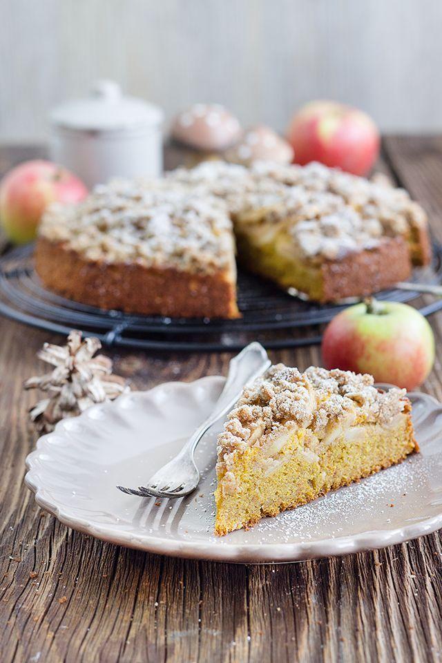 Kürbis-Apfel-Streuselkuchen Rezept für Kürbis-Apfel-Streuselkuchen. Schnell und einfach gemacht. Saftig und wunderbar herbstlich. • Maras Wunderland