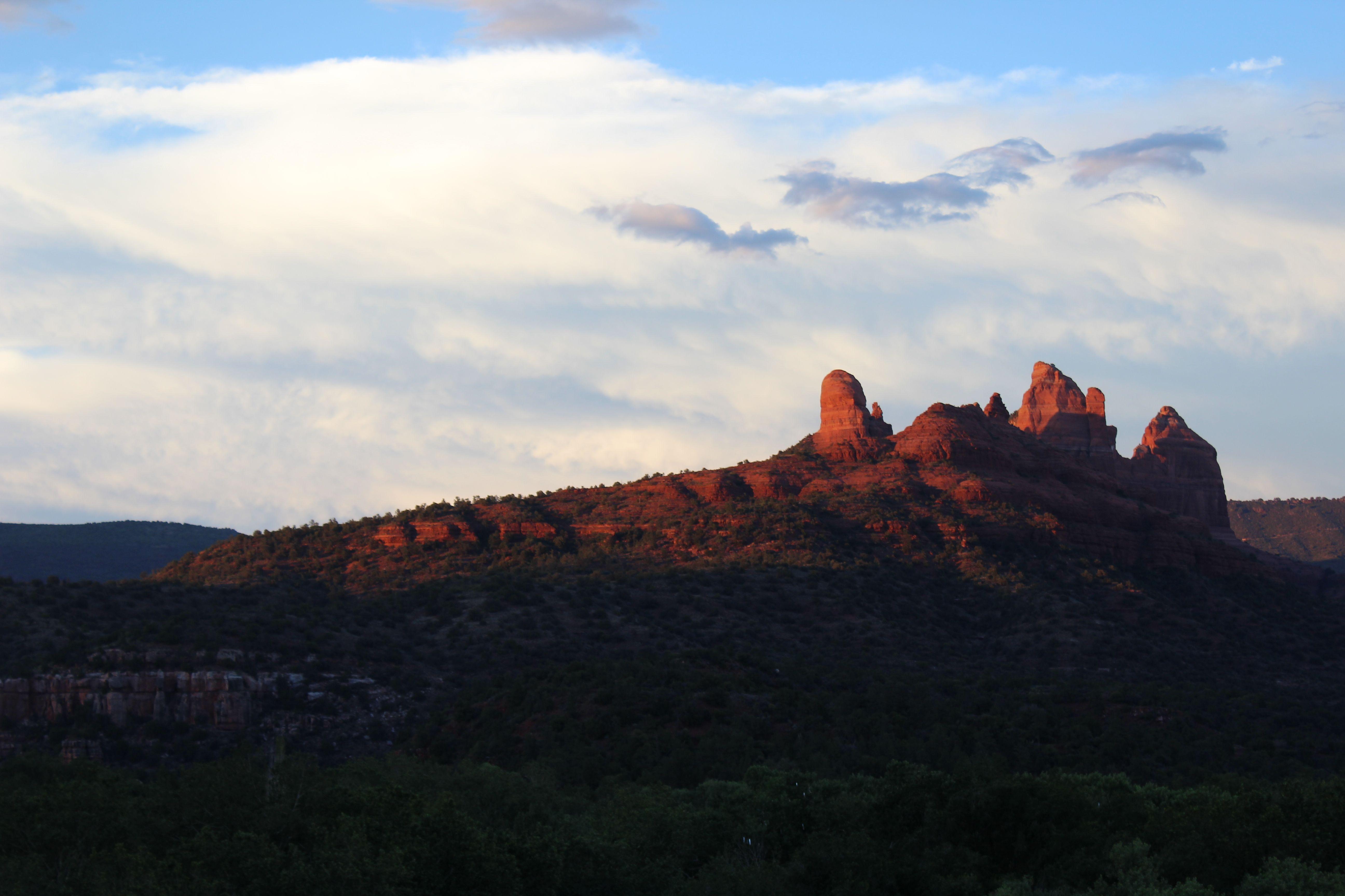 Mountains in Sedona, Arizona http://makennahspeak.blogspot.com