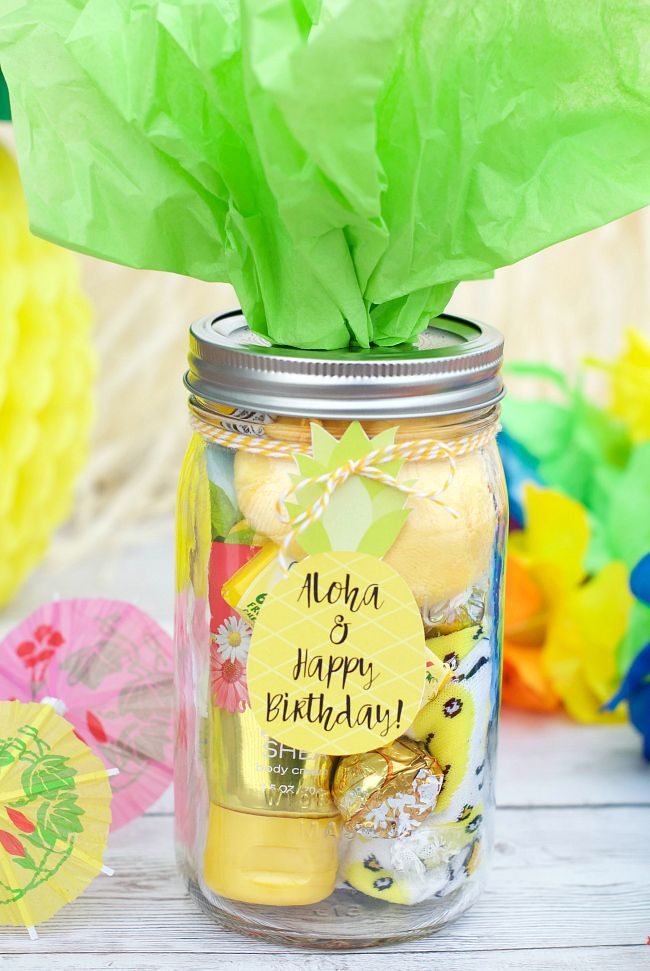 25 Fun Gift Ideas For Friends Everything From Birthday To Things Simply Brighten A Friend S Day She Ll Love These Gifts