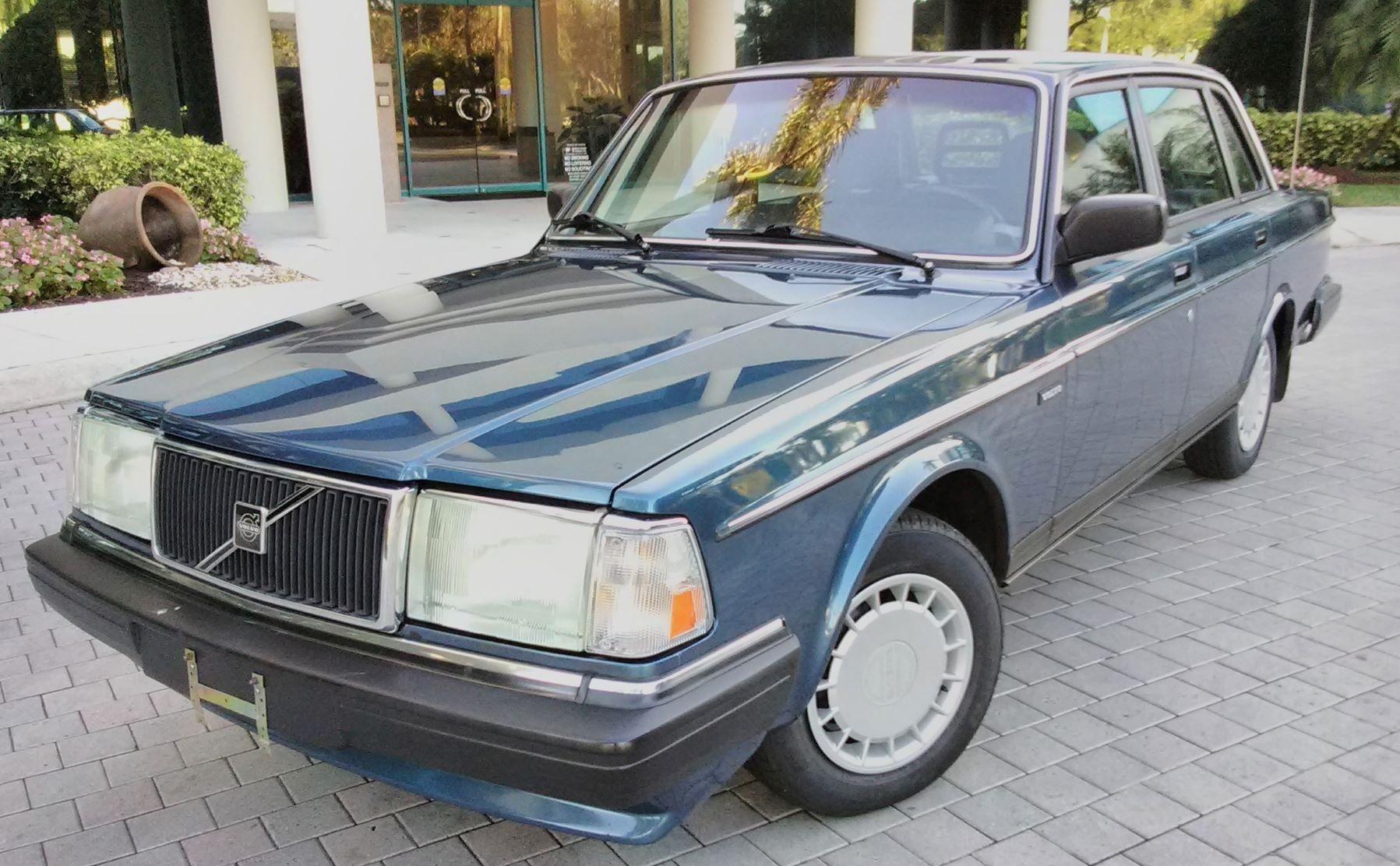 No Reserve: 47k-Mile 1990 Volvo 240 DL