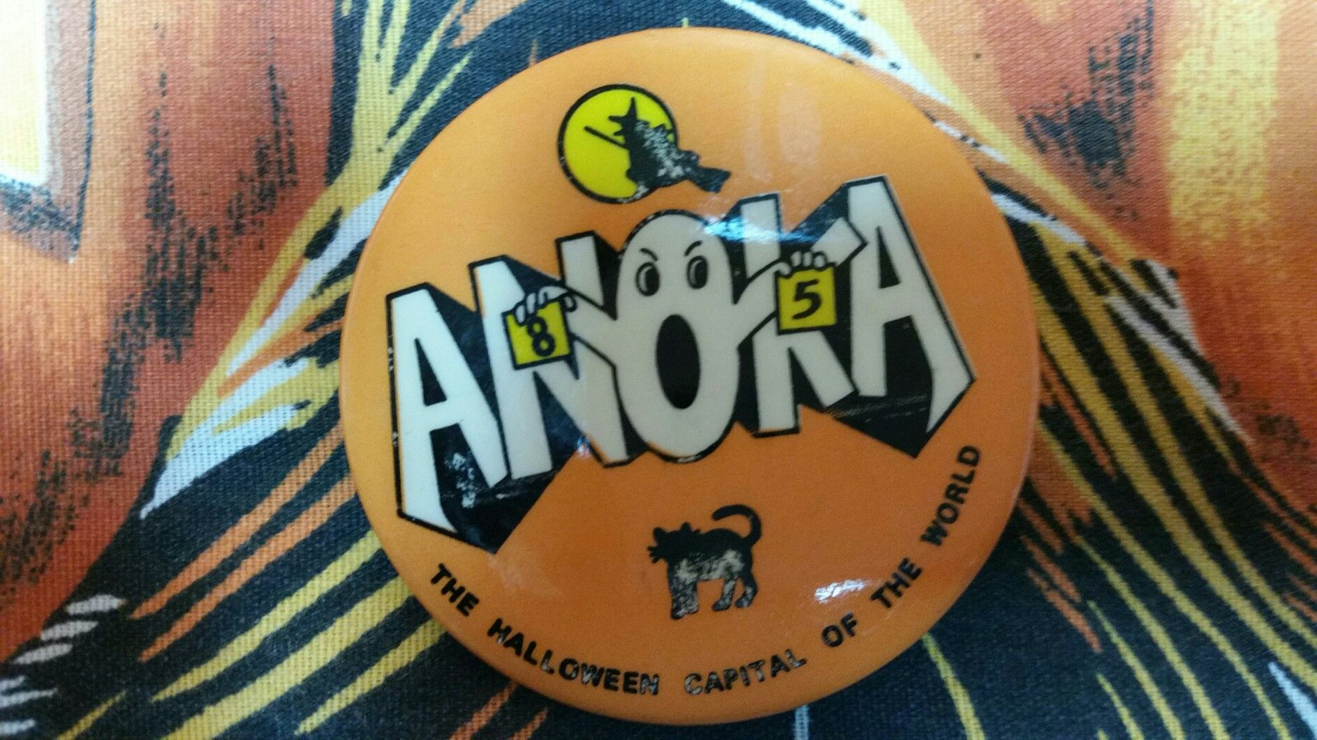 Anoka Halloween capital of the world button 1985 Anoka