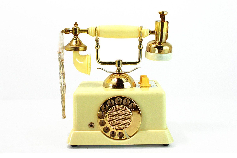 Vintage 1960's 6 Transistor AM Radio