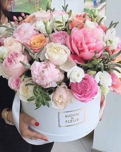 Bloom De Fleur Paris Flowers Everywhere Floral Arreglos