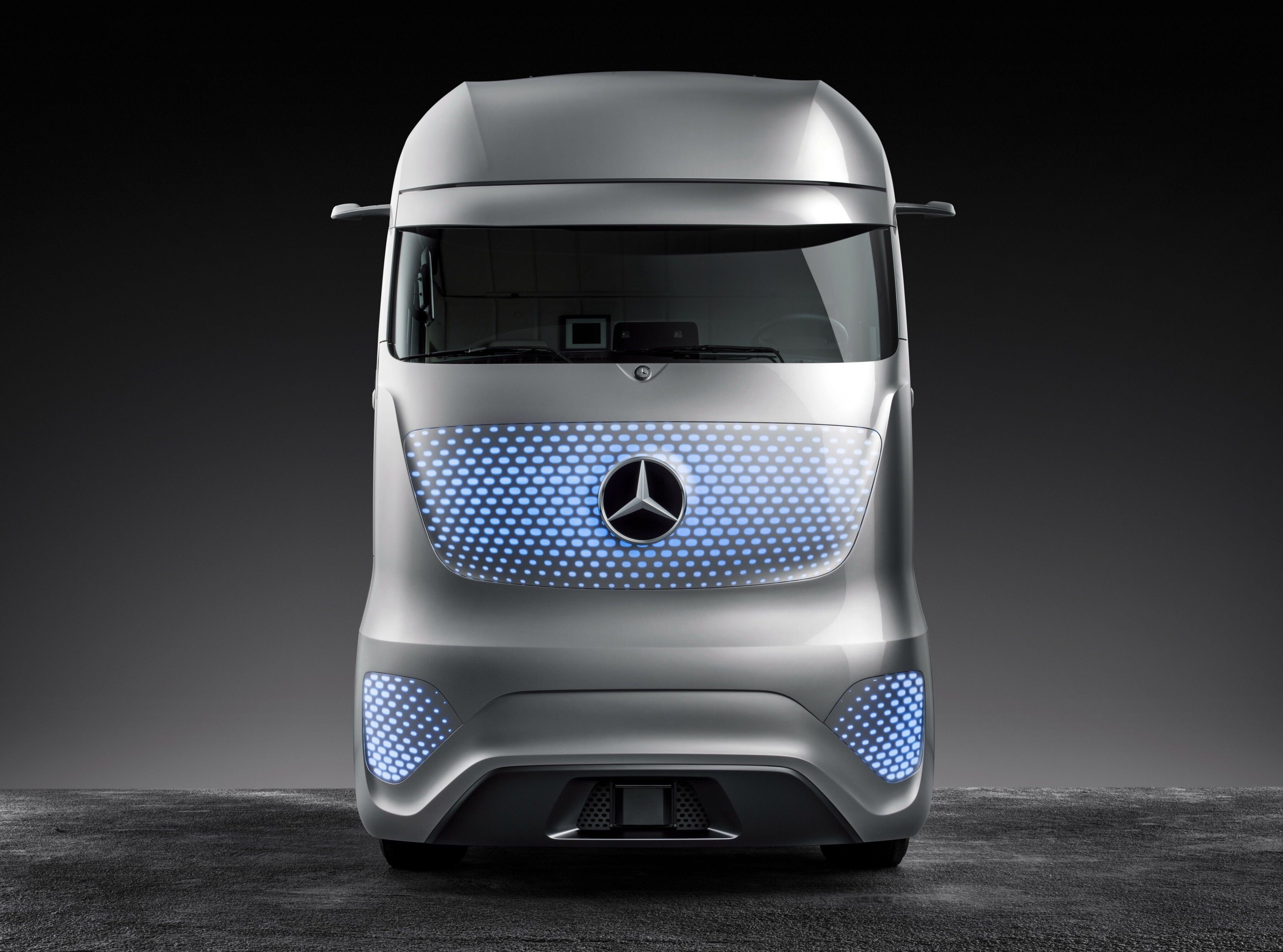 3840x2850 mercedes benz future truck 2025 4k cool wallpaper hd