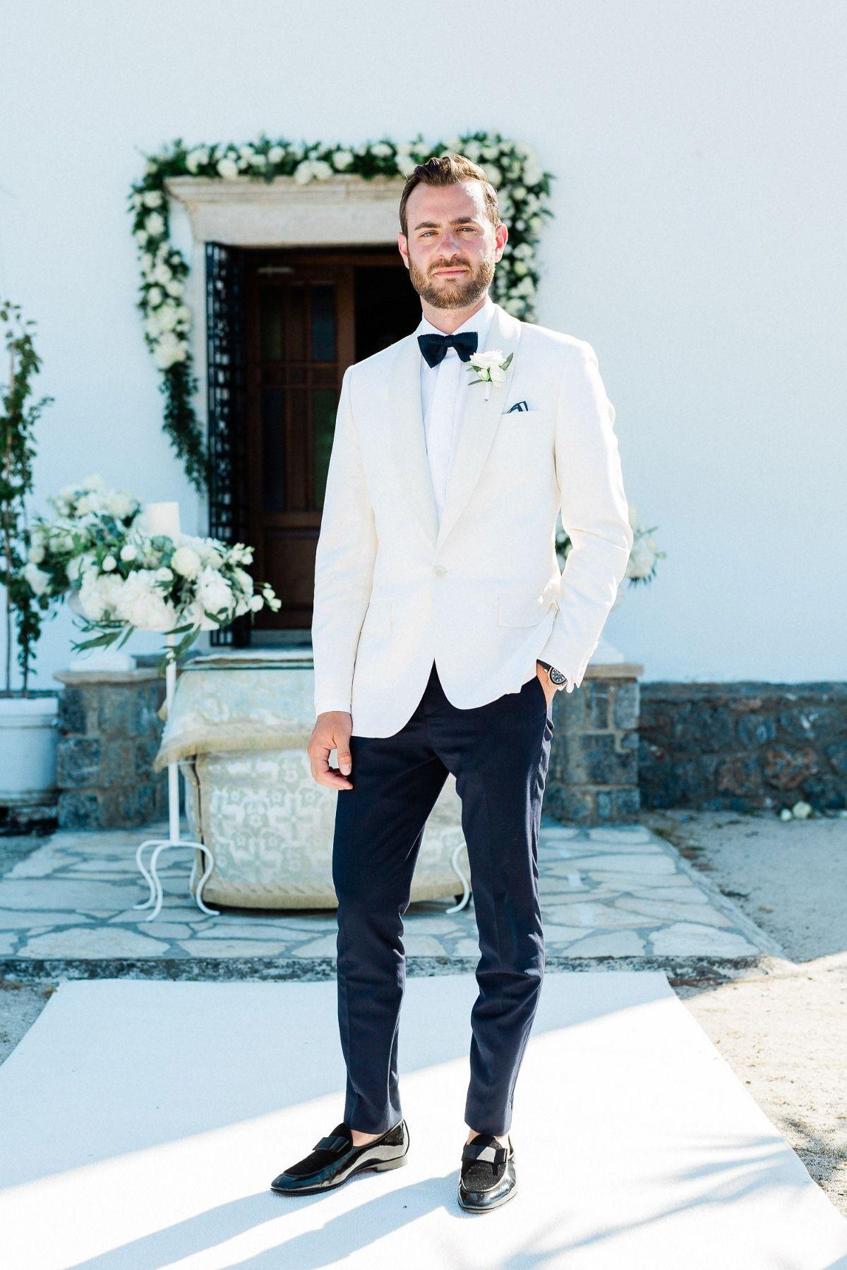 25+ Groom in white tux groomsmen in black ideas