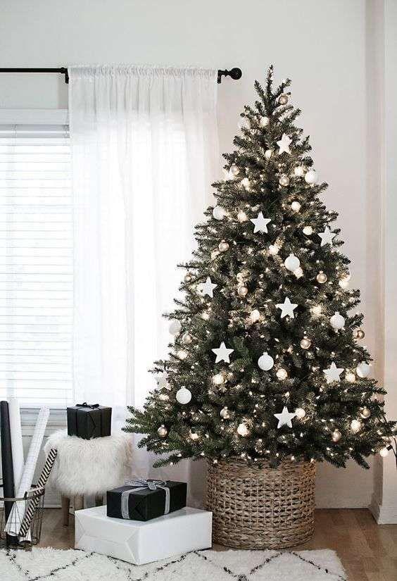 Decorazioni Albero Di Natale Con Foto.Albero Di Natale Bianco Decorazioni Di Natale Casa