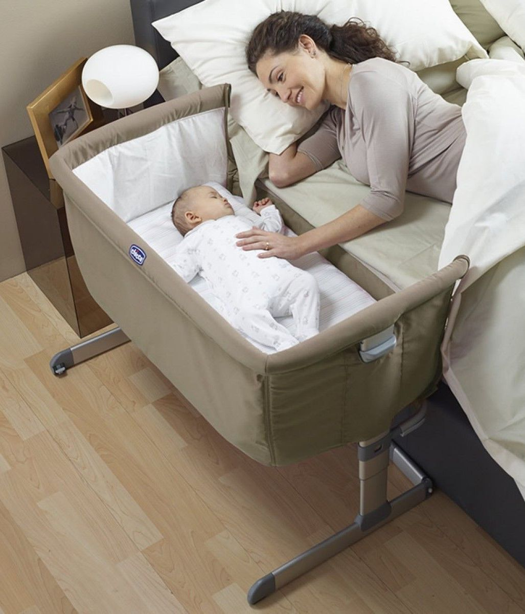 Best Baby Bedside Sleeper Bassinets In 2020 In 2020 Baby Co Sleeper Baby Cot Baby Bassinet