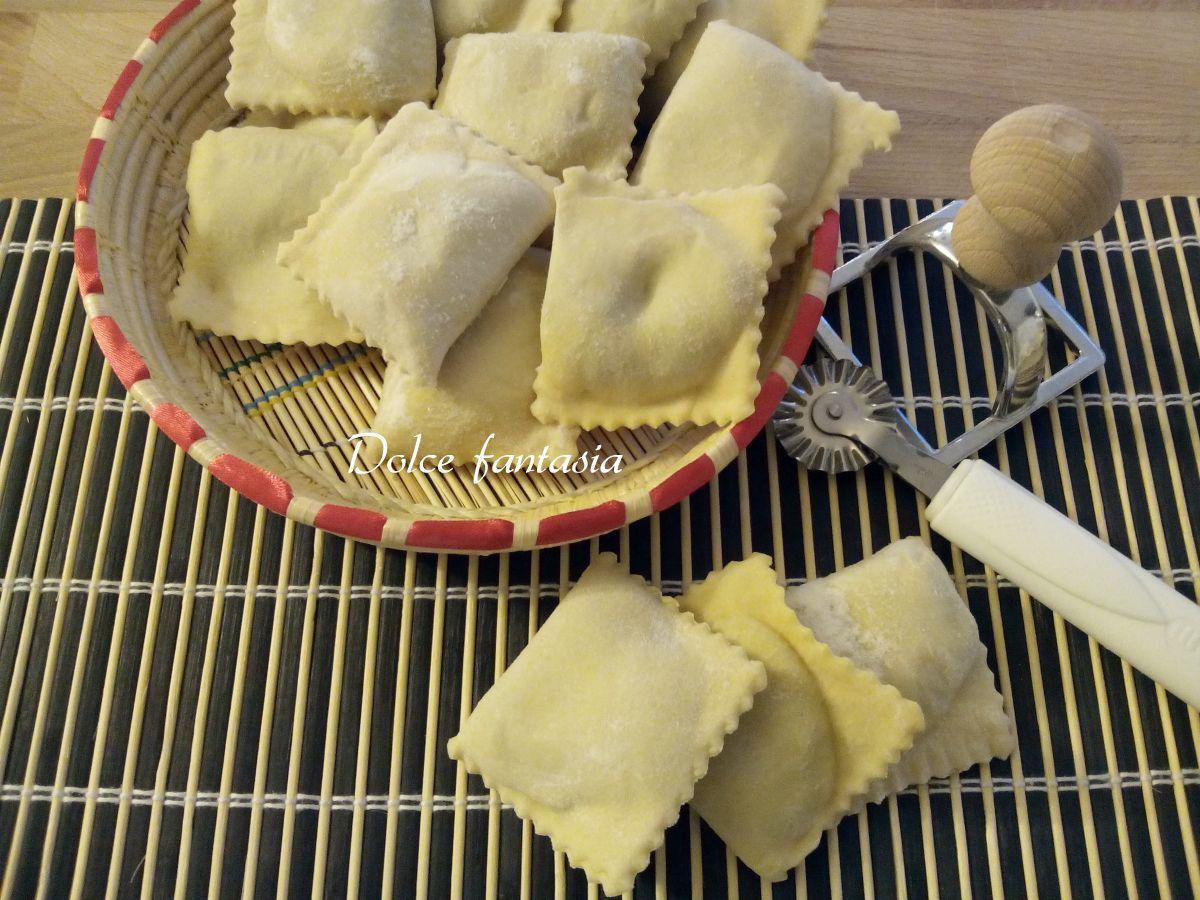 Ricetta Ravioli Sardi Fatti In Casa.Ravioli Sardi Ricotta E Bietola Dolce Fantasia Ricette Ricette Gourmet Ricotta
