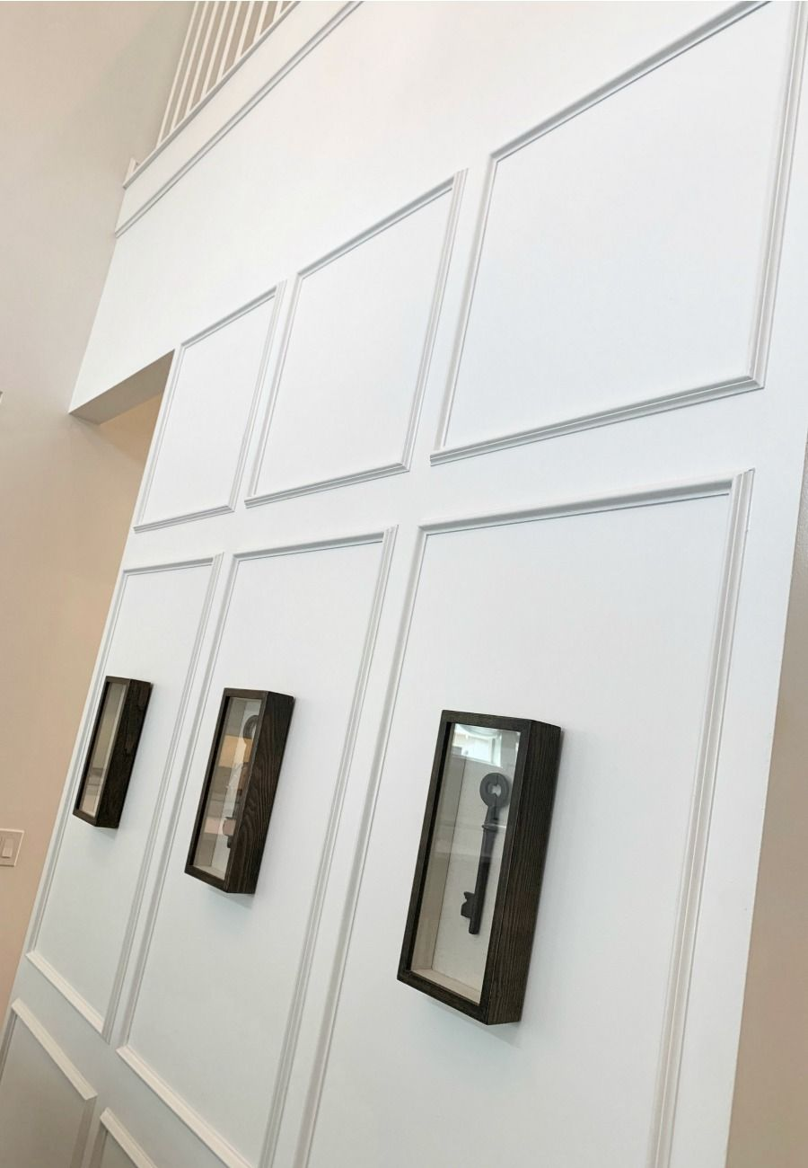 Architectural details to upgrade your walls | Inspire your spaces with molding decor for your wall | Contact me to learn how you can live the Orlando lifestyle! #molding #realestate #architecturedesign