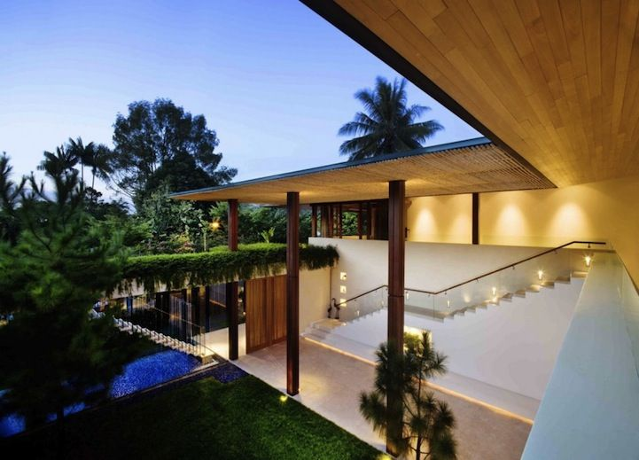 Modern home with a moat - view3