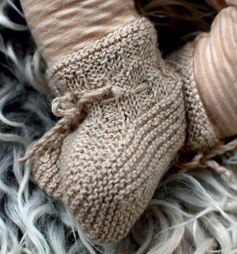 208b3218b95 Strik selv: Babyjakke og sko - Hendes Verden | Babystrik ...
