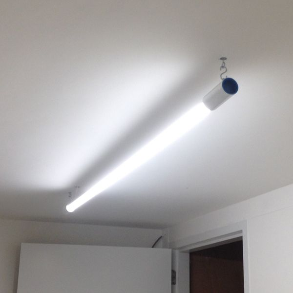 Zwevende LED-TL buis 150 cm 830 / 840 / 865 € 90,00   Verlichting ...