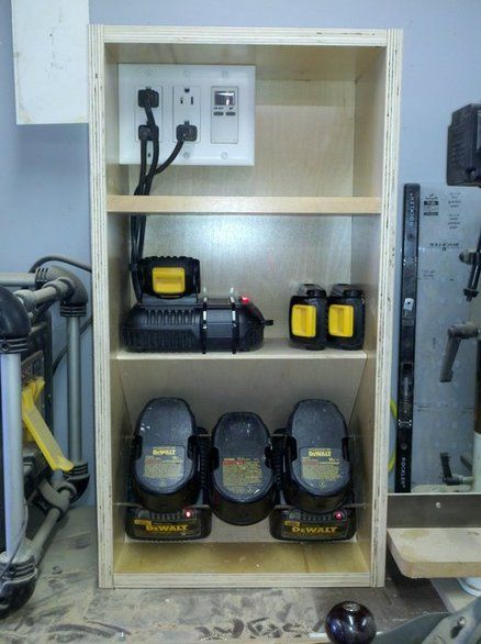 Cordless Tool Charging Station Workshop Tool